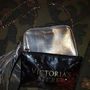 VICTORIAS SECRET HANDBAG AND WRISTLET BAG